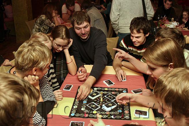 за для столом знакомство на взрослых игры