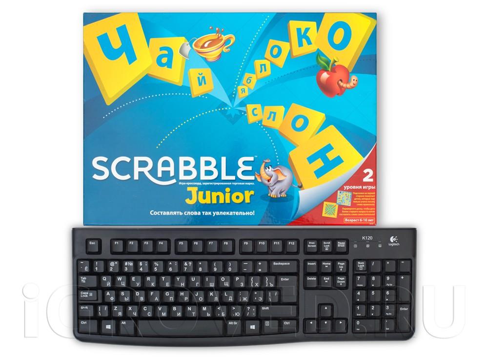 Коробка настольной игры Скрабл Джуниор (Scrabble Junior) в сравнении с клавиатурой