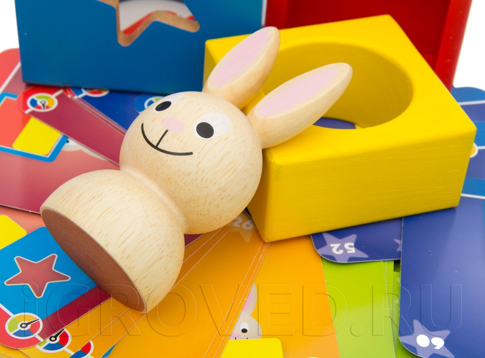 Крупные деревянные детали понравятся вашему малышу. Настольная игра-головоломка Застенчивый кролик