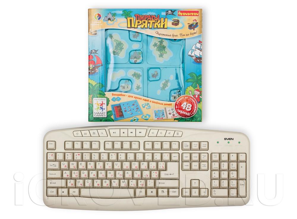 Коробка настольной игры-головоломки Пираты Прятки в сравнении с клавиатурой