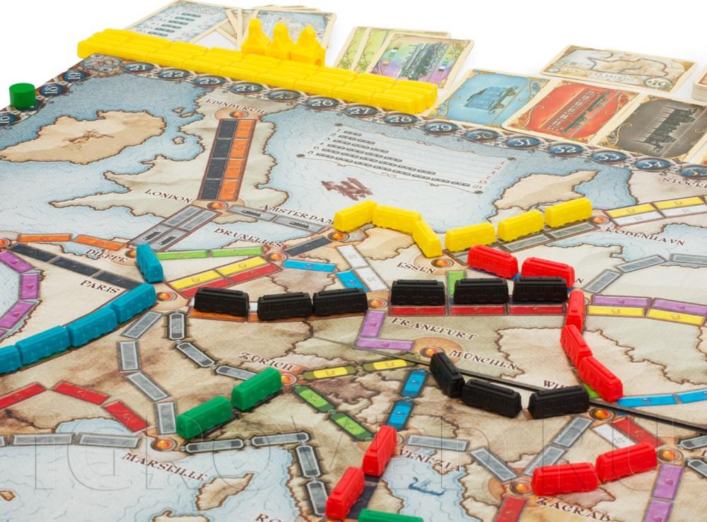 Игровой процесс настольной игры Билет на поезд по Европе (русское издание)