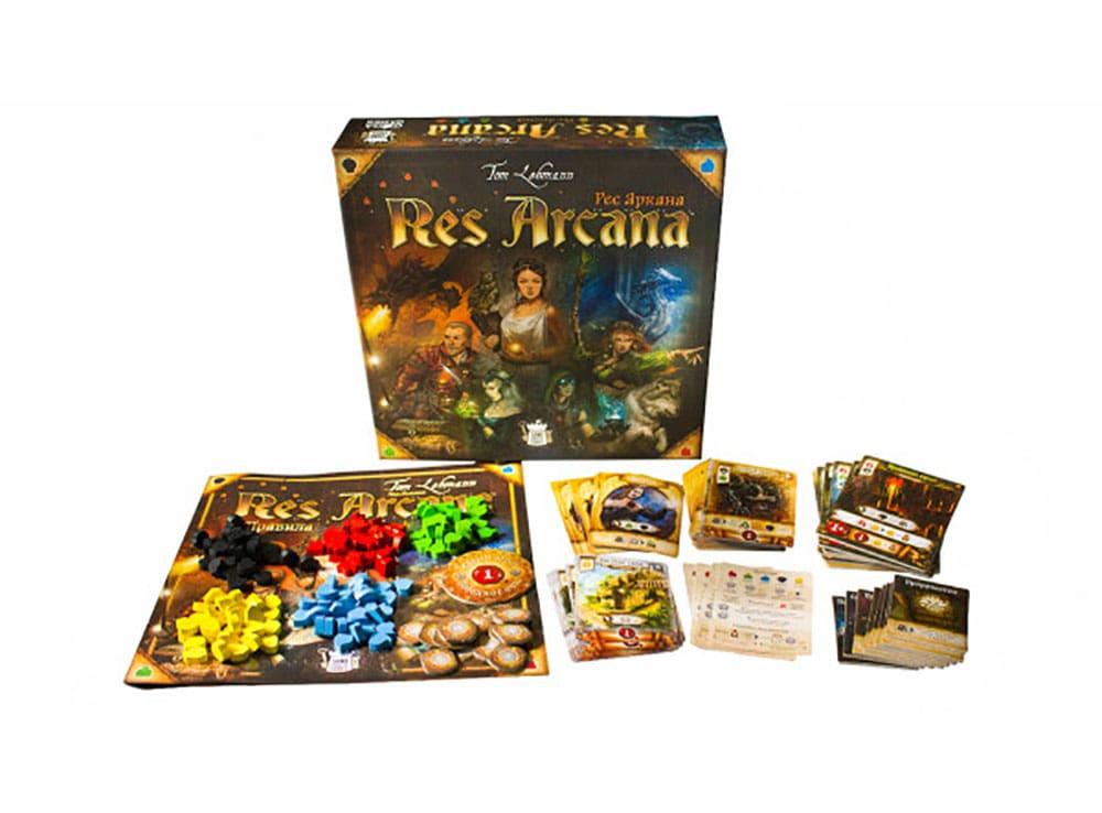 Коробка и компоненты настольной игры Рес Аркана