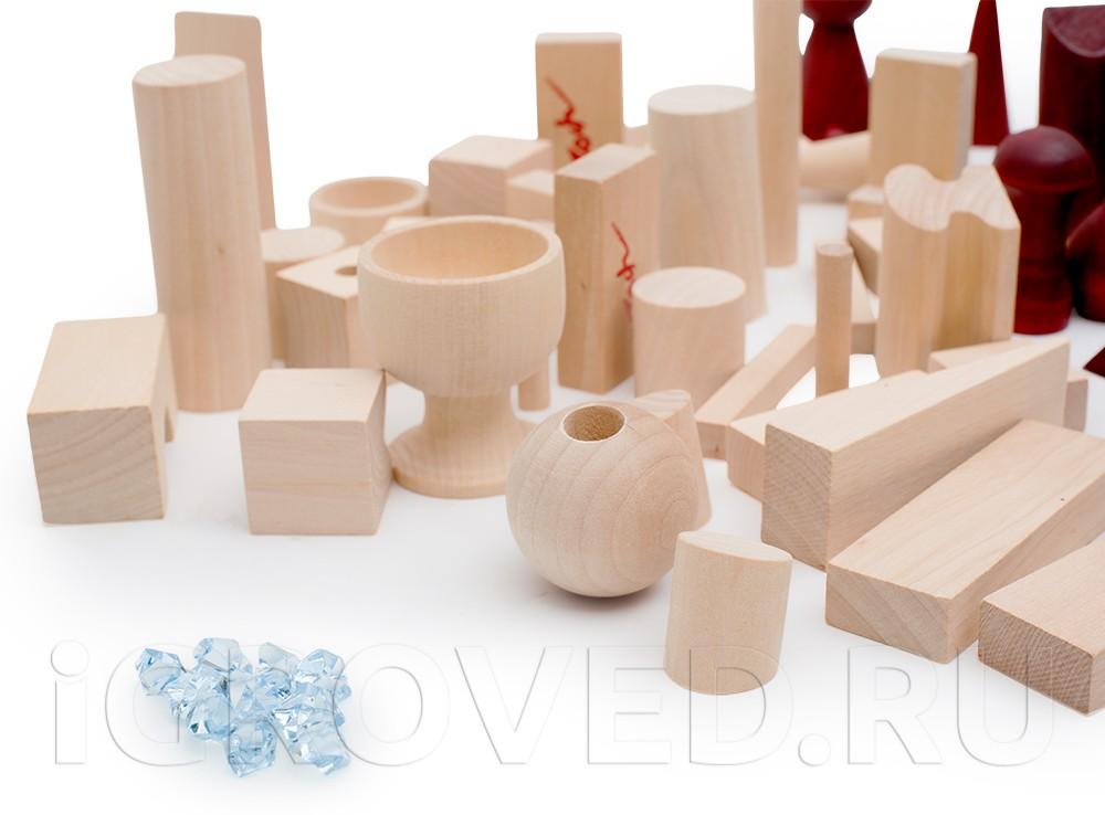 Фигуры разной формы в настольной игре Баусак (Bausack)