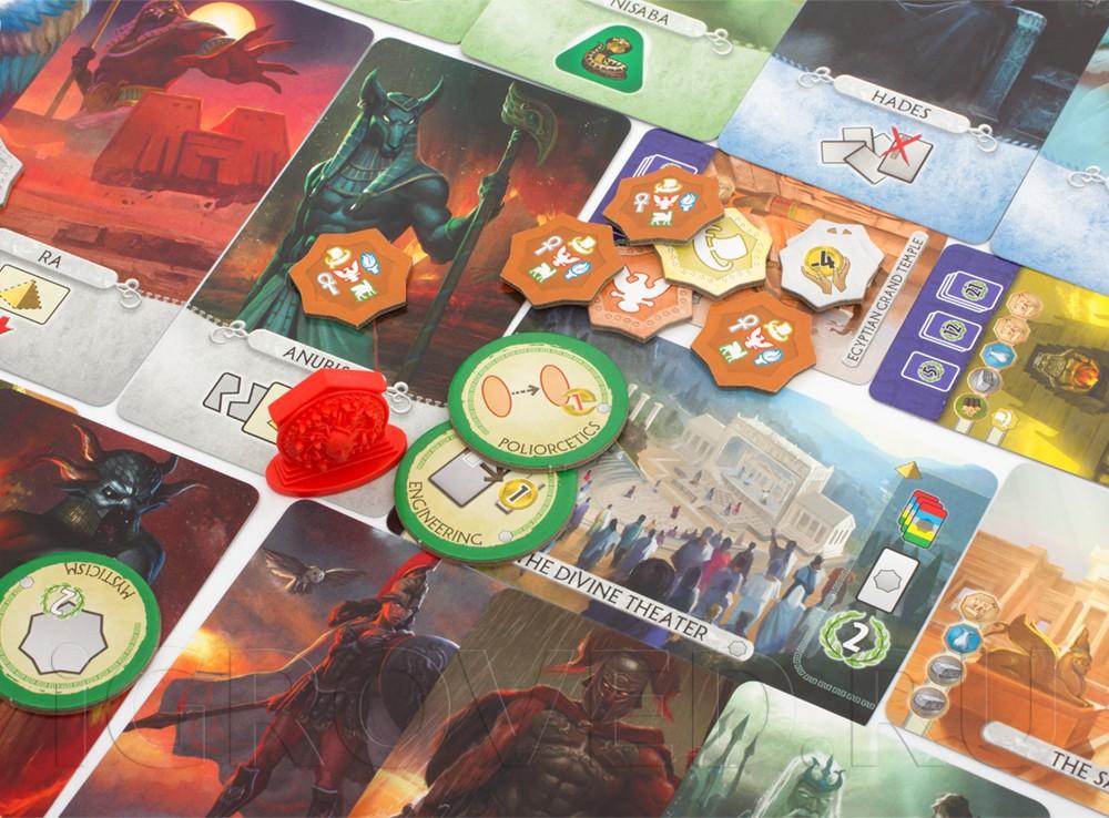 Компоненты настольной игры 7 Чудес Дуэль: Пантеон (7 Wonders Duel: Pantheon, дополнение)