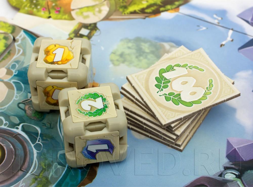 Крупные пластиковые кубики с меняющимися гранями. Настольная игра Грани Судьбы (Dice Forge)