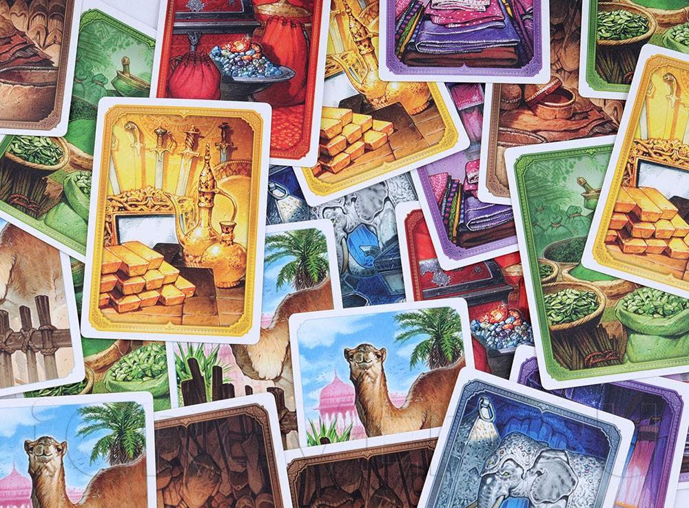 Компоненты настольной игры Джайпур (Jaipur)