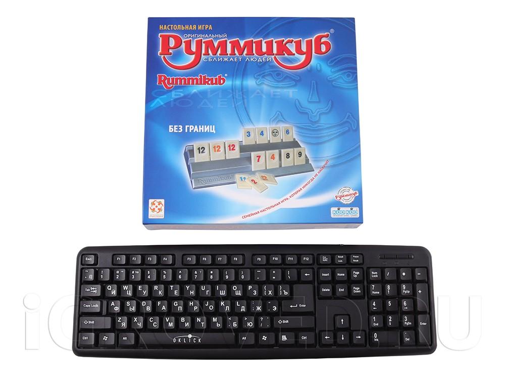 Коробка настольной игры Руммикуб. Без границ в сравнении с клавиатурой