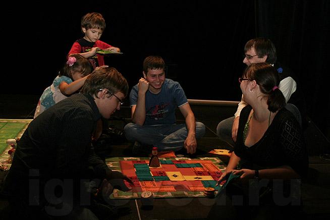 29 августа 2009 Большая Игротека от Игроведа в Арт-кафе Дуров: настольные игры.