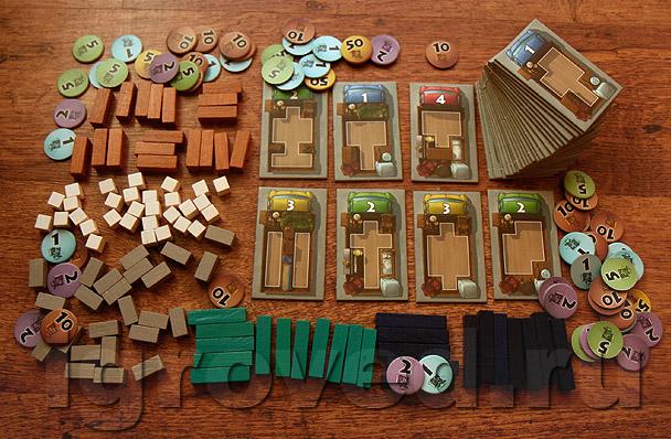 Ассортимент грузовых машин, деревянной мебели в виде брусочков и валюты к вашим услугам. Настольная игра Грузи и Вези (Pack Stack)